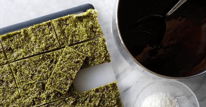Decadent Matcha Hemp Chocolate Bar Recipe