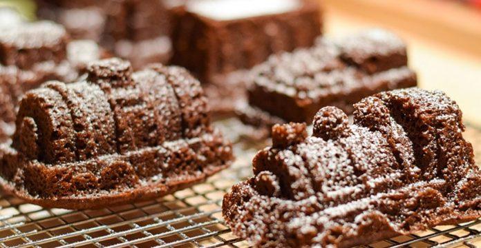 Wheat-Free Lemon Gingerbread Cake Recipe