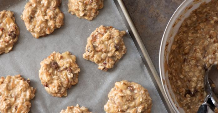 2-Ingredient Breakfast Cookies