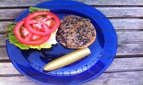 Yum! Simple and Delicious Vegan Black Bean Burger Recipe