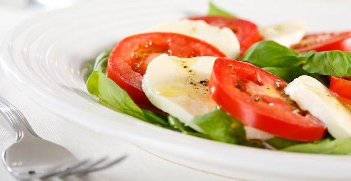 Omega-3 Cucumber & Tomato Salad Recipe