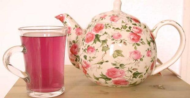Sour Hibiscus Tea Provides Sweet Health Benefits