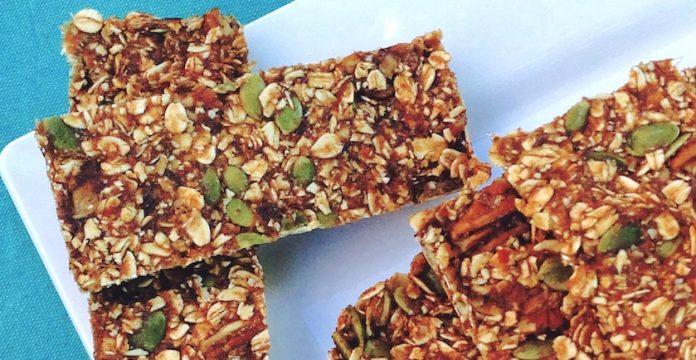 No-Bake Pumpkin Spice Granola Bars Recipe