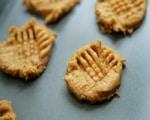 Effortless Gluten Free Peanut Butter Cookies