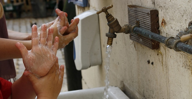 How to Reduce the Spread of Germs