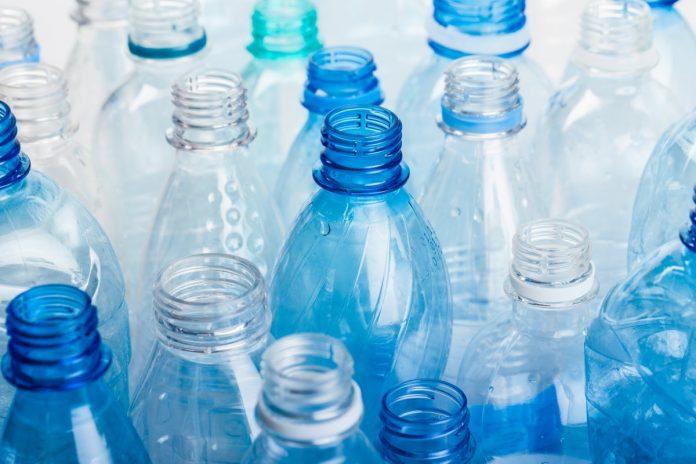 plastic bottles vanilla flavor